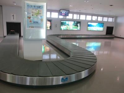 福島空港 手荷物受取所  関西からの行き方 大阪から日光東照宮 アクセス 飛行機 レンタカー 車
