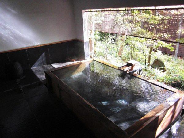 山水閣 回(客室露天風呂・源泉かけ流し)