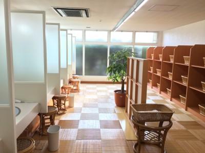 三田レークサイドカントリークラブ 女子 風呂 脱衣所