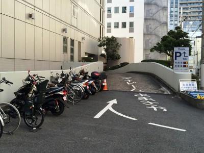 オンワード樫山 ファミリーセール 入館証 招待状 ブログ アクセス 駐車場 自転車
