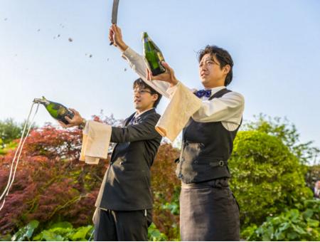 セントレジス大阪 ビアガーデン シャンパンサーベル よなよなエール クラフトビールが飲める シャンパン ワイン ギネスビール シャンパンサーベル ショーグンマリー 食事メニュー フードメニュー 混雑 予約