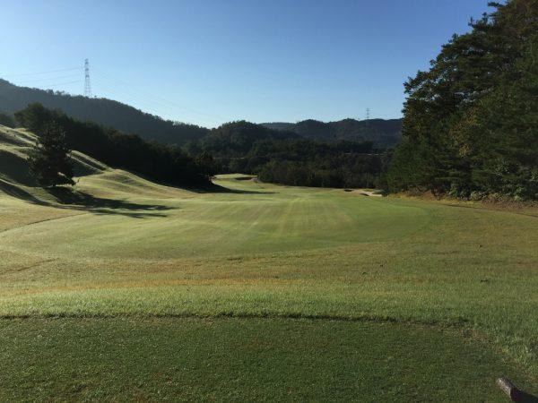 グランベール京都ゴルフ倶楽部ウエストコース10番ミドルホール・レディースティ