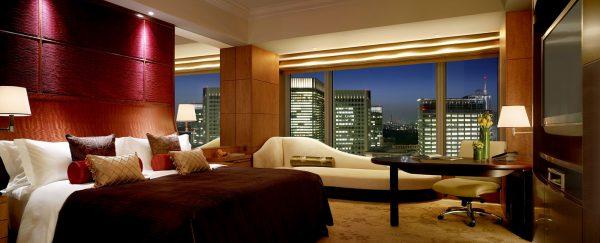 シャングリ・ラ ホテル 東京「デラックス インペリアルガーデンビューキングルーム」