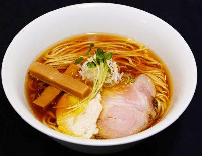 沸騰ワード ラーメン業界 高田馬場 らぁ麺やまぐち ミシュランの星に一番近いラーメン屋 鶏そば 鶏100%のスープ 行列 混雑 人気