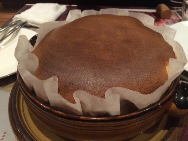 ポルトガル料理専門店  大阪 生カステラ 半熟 パオン・デ・ロー 焼きたてパオン・デ・ロー とろとろ デザート スイーツ