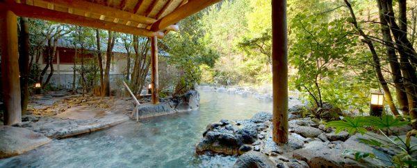椎葉山荘・しいばの湯