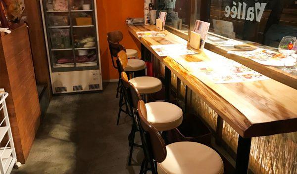 ブリューパブ テタールヴァレ 店内にビール工場 クラフトビール ビール醸造所 オリジナルビール 塊肉ロースト 店内
