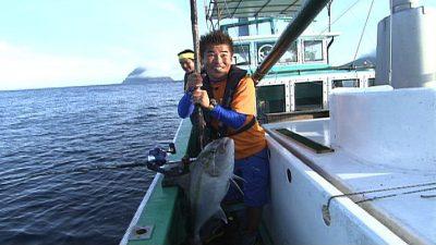 八重根港 釣り