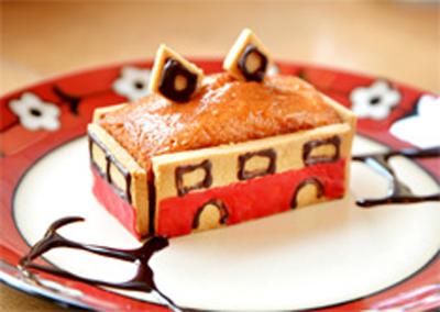 ヒルナンデス 箱根 強羅 久本 一人旅 写真スタジオ Studio Cafe SHIMA トコトコ登山電車のパウンドケーキ