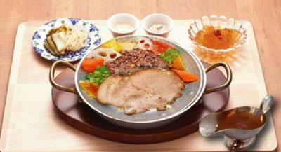 ヒルナンデス 銀座 銀座カフェビストロ 森のテーブル ポークのデトックス薬膳酵素カレー 食べても太らない 薬膳ハーブティ