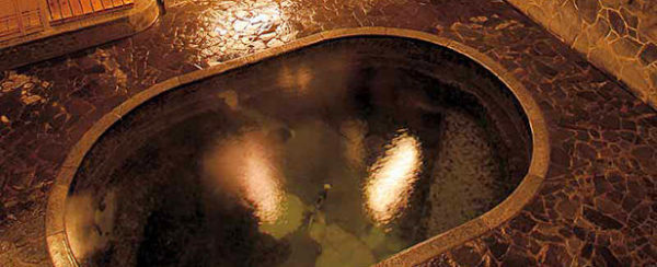 藤三旅館別邸 鉛温泉心の刻 十三月 大浴場 立ち湯