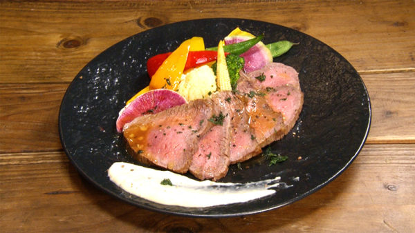中崎バール スイッチ(Switch) 和牛もも肉のローストビーフ
