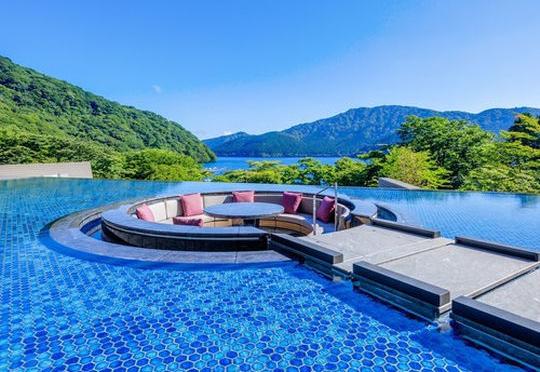 ヒルナンデス 箱根 リニューアル ニューオープン 温泉 ホテル 旅館 芦ノ湖 はなをり
