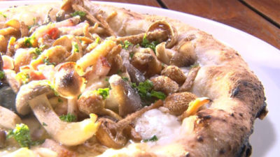 魔法のレストラン 神戸北野レストラン 山口シェフ 行きつけ 再度山荘 スペアリブ ピザ