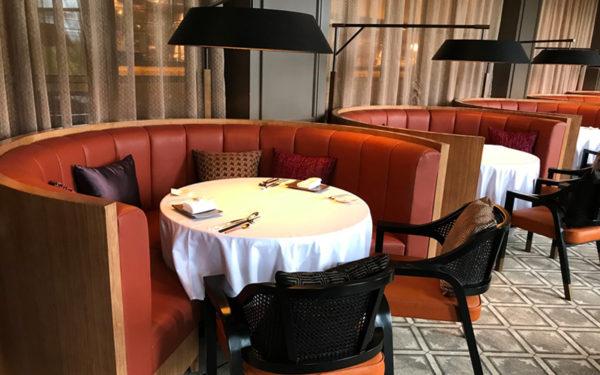 ミライザ大阪城 オープン レストラン ラズベリー with ムーンバー フレンチ