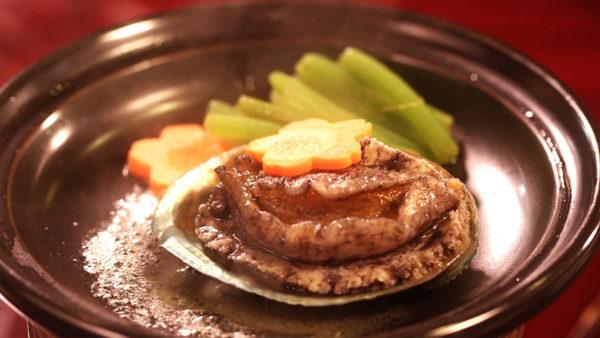 エゾアワビのバター焼き