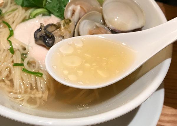 蛤と牡蠣 汐SOBA スープ