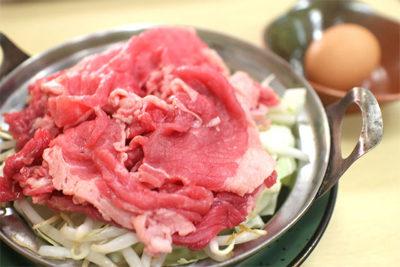 キャスト ここよりおいしいアレ アキナ 1月15日 野田 すき焼き