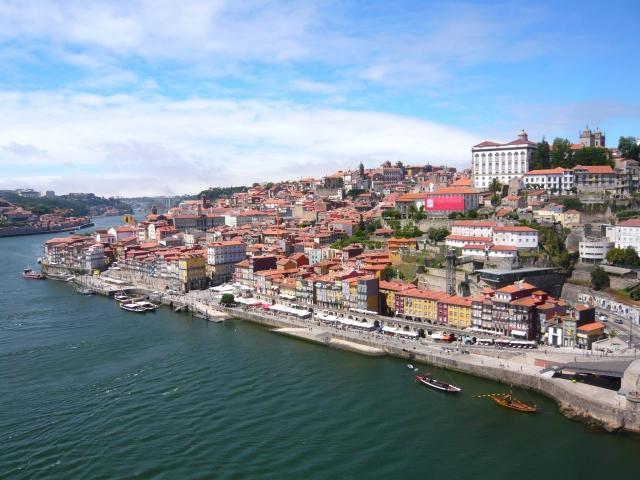 あさパラ ポルトガル旅行 ハイヒール ルックJTB