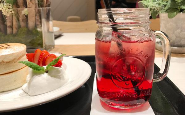 BURN SIDE ST CAFE バーンサイド・ストリート・カフェ うめだフードホール 阪急三番街 パンケーキセット ドリンク 山ぶどうジュース