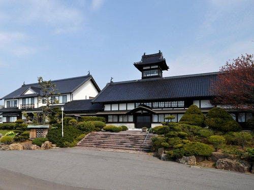 料理旅館 銀鱗荘 外観