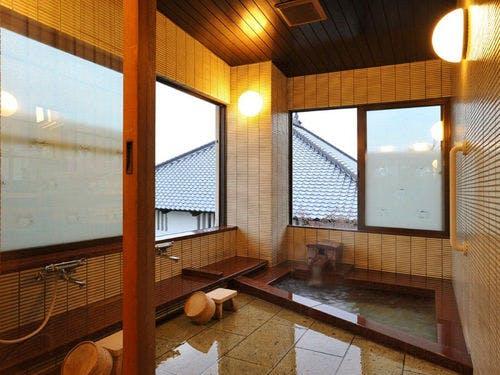 銀麟荘 温泉部屋風呂