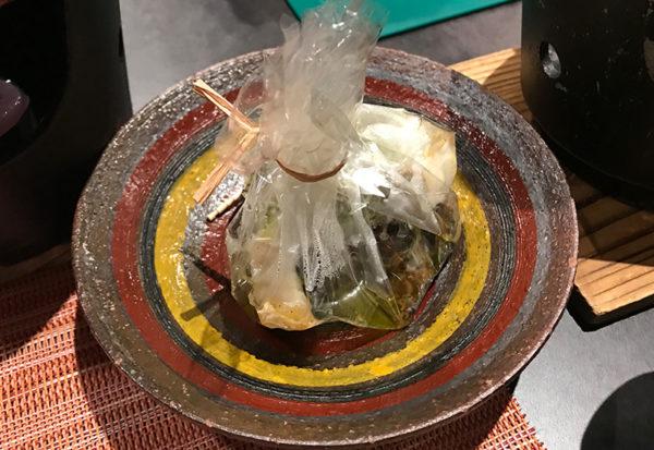 朝日楼 夕食 バイ貝とスズキ香草バター蒸し