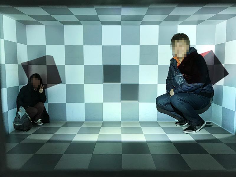 ミライザ大阪城 イリュージョンミュージアム 幻影博物館 トリック 手品 イリュージョン 錯覚
