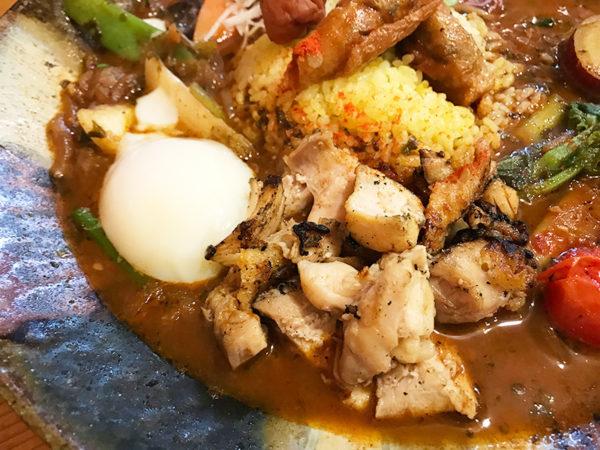 鶏なっぱスープカレー 鶏ざんまい 炙りチキン