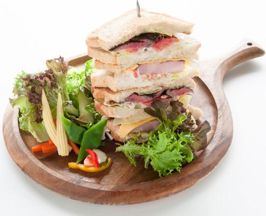 キングオブサンドイッチ 元箱根 ベーカリーアンドテーブル 箱根