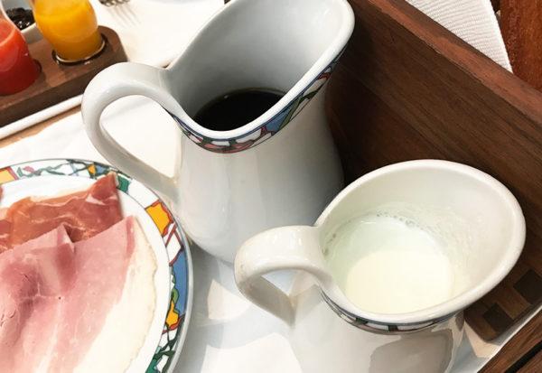 カフェ・オ・レ 朝食 ドリンク 神戸北野ホテル