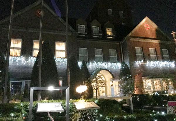 神戸北野ホテル 外観 ライトアップ
