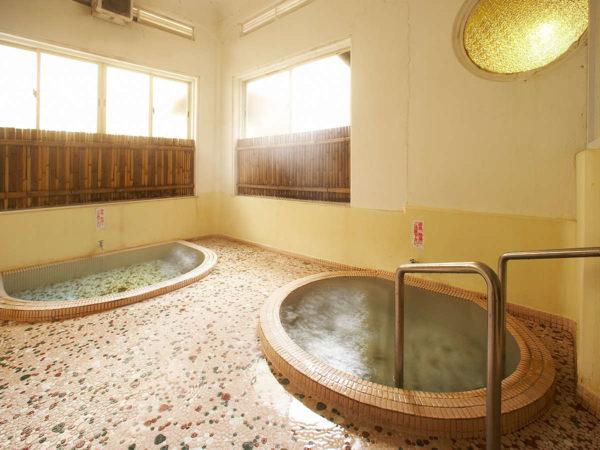 四万温泉 積善館 山荘の湯