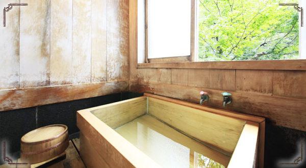 箱根湯本温泉 萬翠楼 福住 檜風呂 部屋風呂