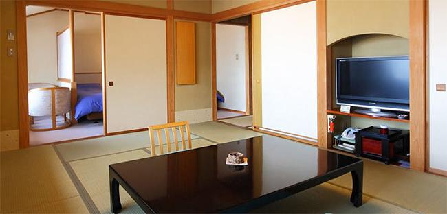 野沢温泉 旅館さかや 次の間付き客室