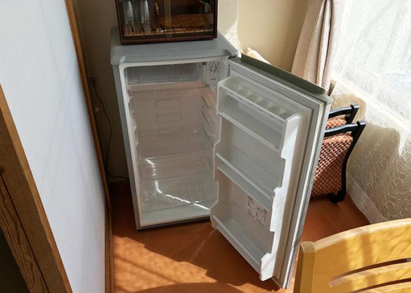 有馬温泉 有馬きらり 客室 スタンダードルーム 冷蔵庫 中は空っぽ