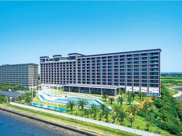 ホテル三日月 ヒルナンデス 千葉 絶景 食べ放題 温泉 プール