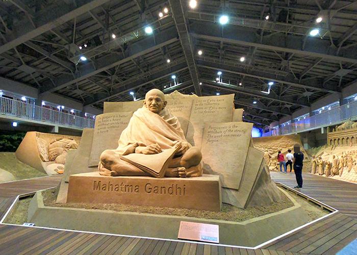 鳥取砂丘 砂の美術館 砂像 マハトマ・ガンジー ガンディー