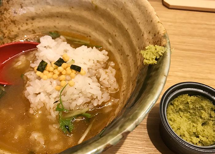 ジョーテラスオオサカ 大阪城下町 ラーメン小路 焼きあご塩らー麺 たかはし お茶漬け わさび あられ