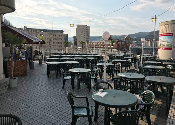 宝塚ホテル ビアガーデン 屋外席