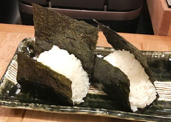 大阪 北新地 おにぎり竜 おにぎり いぶりがっこチーズおかか 北新地ツナマヨ
