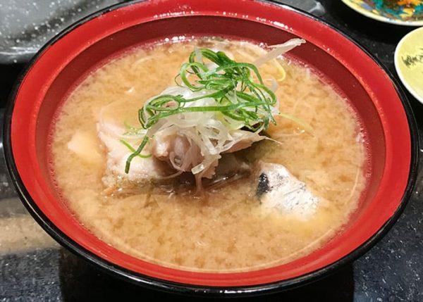 大阪 吹田 金沢まいもん寿司 のど黒あら汁