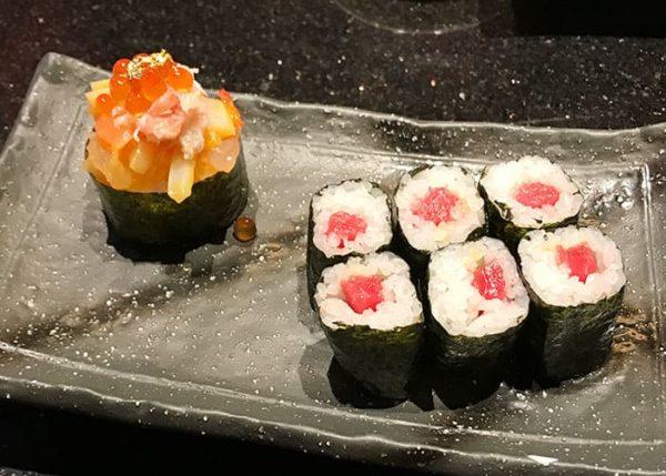 大阪 吹田 金沢まいもん寿司 海鮮宝箱 本まぐろ鉄火巻
