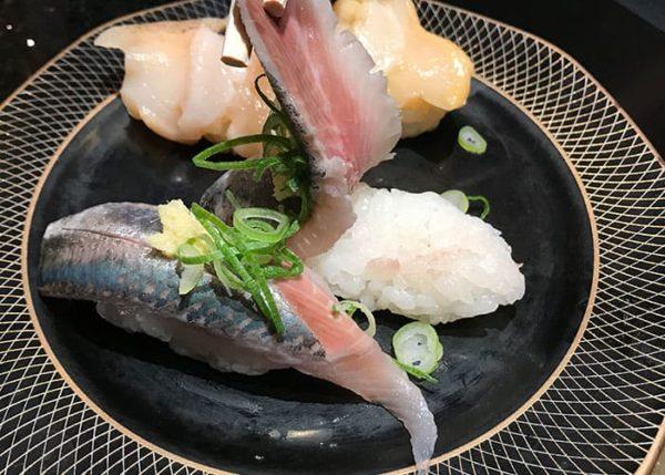 回転寿司 金沢まいもん寿司 普通サイズのシャリ