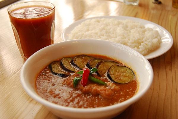 マツコの知らない世界 しゃばしゃばカレーの世界 なすトマトチキン curry草枕