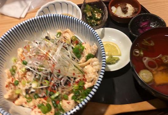 モモコのOH!ソレ!み~よ! グルメ お値打ちランチハウマッチ シャンプーハット ふぐ丼 ステーキ食べ放題