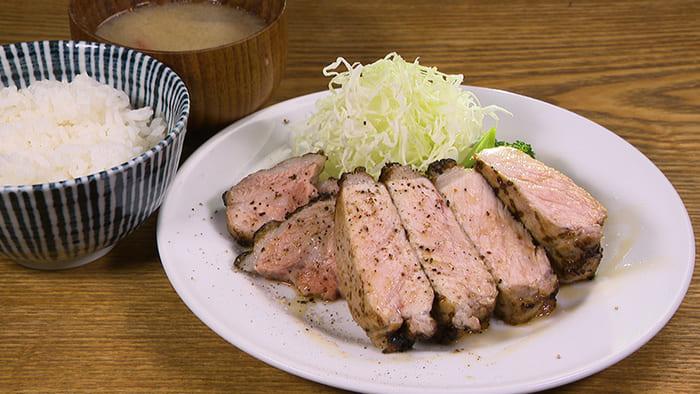 キッチンごりら どろぶたロースステーキ