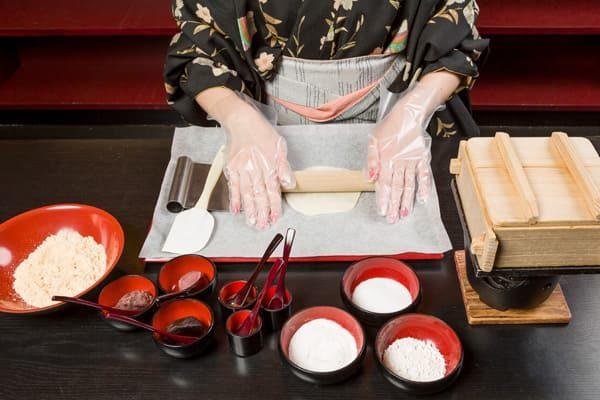 ヒルナンデス 京都 旅行 観光 女子旅 嵐山 生八つ橋作り体験