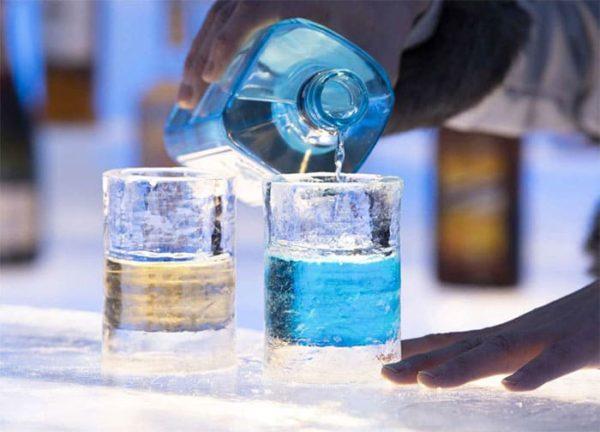 星野リゾート トマム アイスヴィレッジ 氷のBar