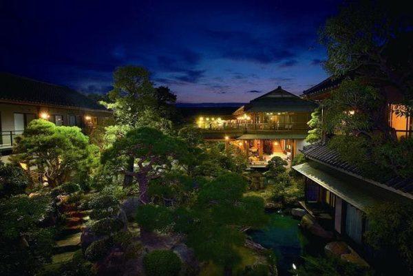 山梨 笛吹市 石和温泉 銘石の宿 かげつ 日本庭園